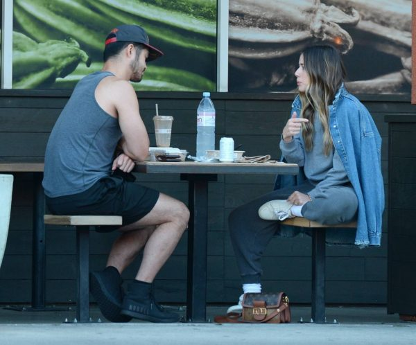 Chloe Bennet Seen at a Lunch at Erewhon in Los Angeles 06