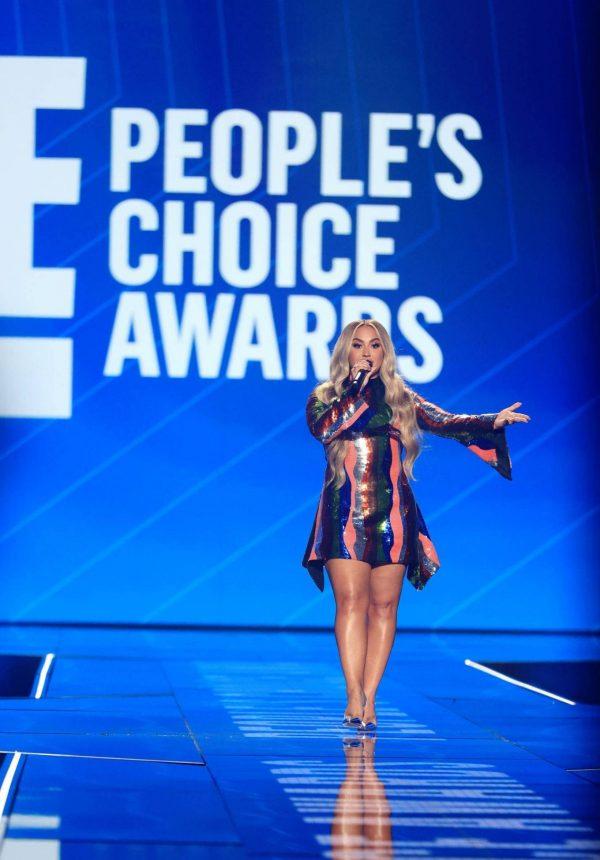 Demi Lovato 2020 E Peoples Choice Awards in Santa Monica 06