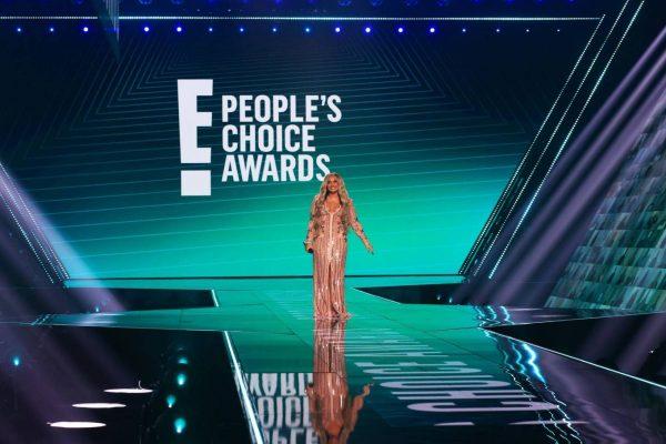 Demi Lovato 2020 E Peoples Choice Awards in Santa Monica 08