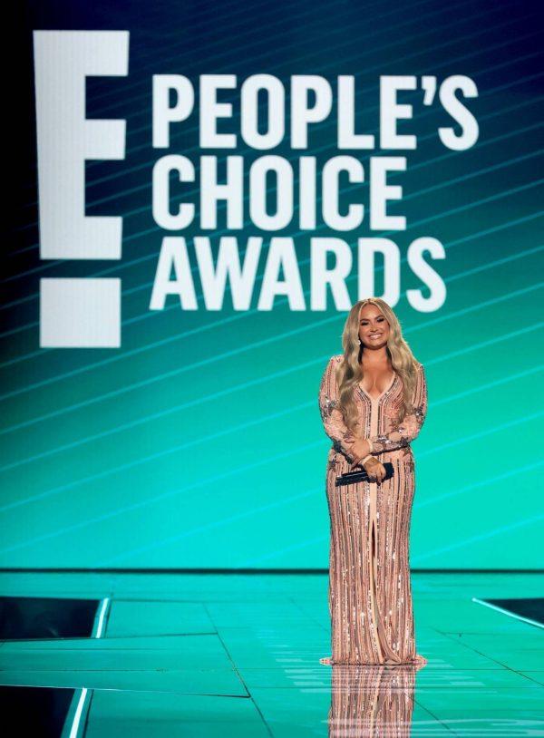 Demi Lovato 2020 E Peoples Choice Awards in Santa Monica 20