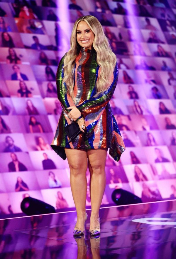 Demi Lovato 2020 E Peoples Choice Awards in Santa Monica 22