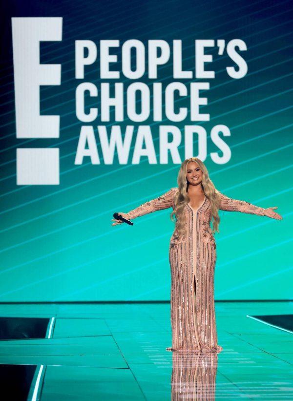 Demi Lovato 2020 E Peoples Choice Awards in Santa Monica 24