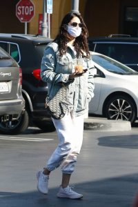 Eiza Gonzalez Seen while Out in Los Angeles 08