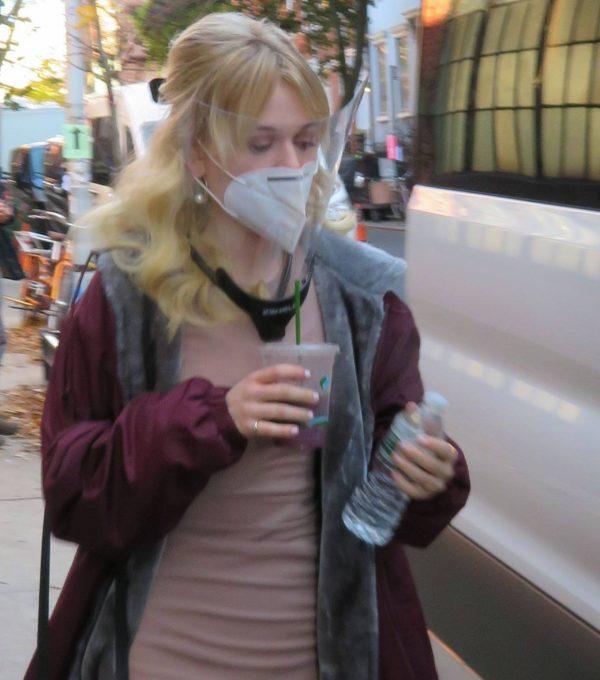 Emily Alyn Lind and Gossip Girl reboot cast members break for lunch in Manhattan 12