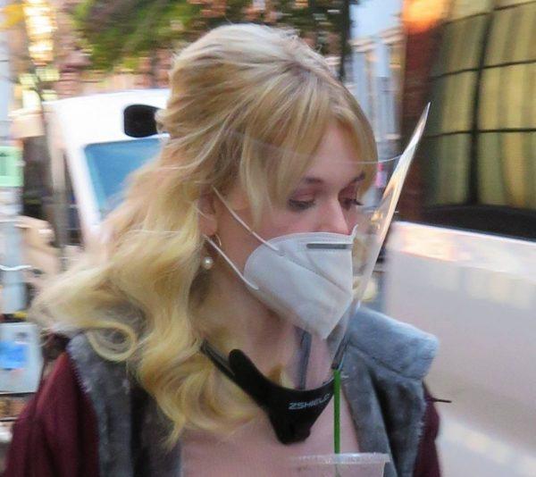 Emily Alyn Lind and Gossip Girl reboot cast members break for lunch in Manhattan 14