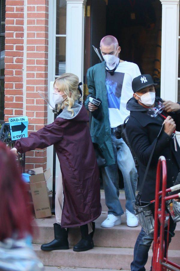 Emily Alyn Lind and Gossip Girl reboot cast members break for lunch in Manhattan 17