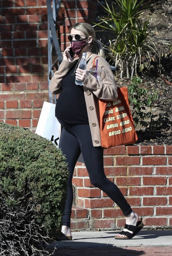 Emma Roberts out in Los Angeles 06
