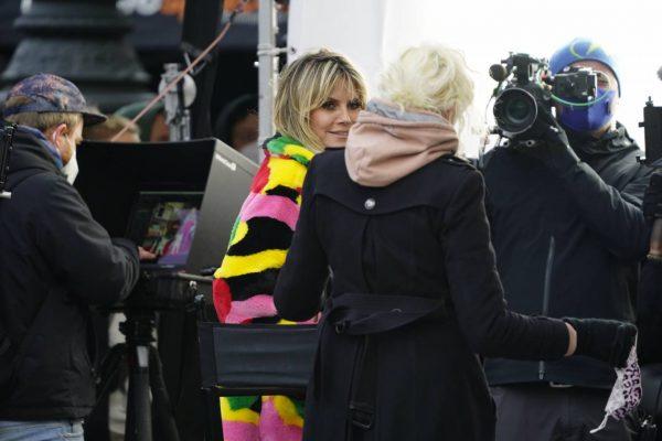 Heidi Klum Filming Germanys Next Topmodel in front of the Hotel Adlon in Berlin 06