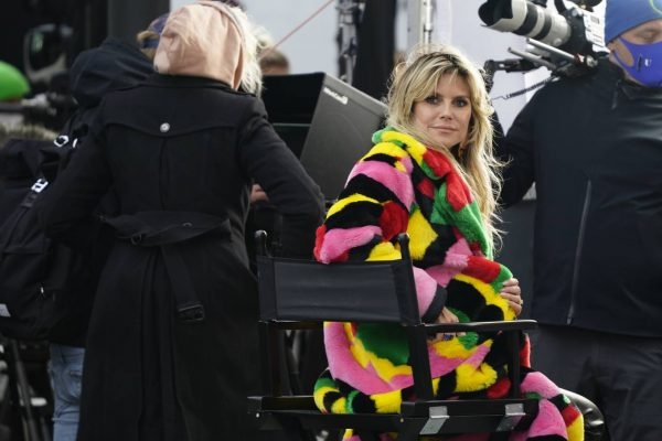 Heidi Klum Filming Germanys Next Topmodel in front of the Hotel Adlon in Berlin 08