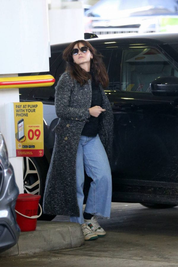Jenna Coleman Seen at the petrol station in London 02