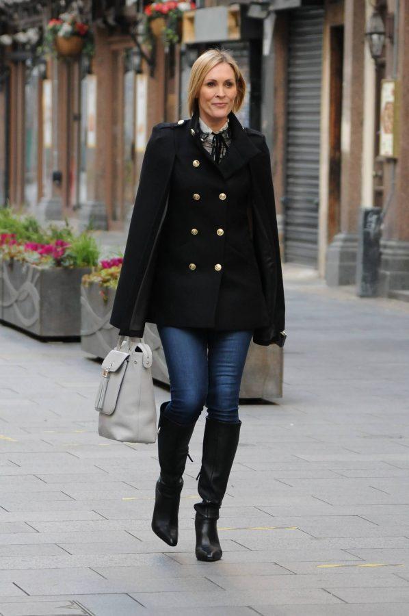 Jenni Falconer Seen leaving Smooth FM in London 04
