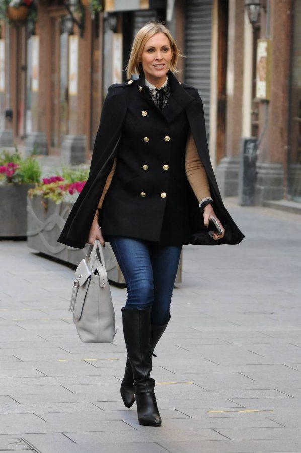 Jenni Falconer Seen leaving Smooth FM in London 06