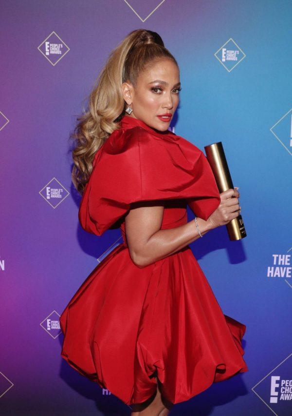 Jennifer Lopez 2020 E Peoples Choice Awards in Santa Monica 01