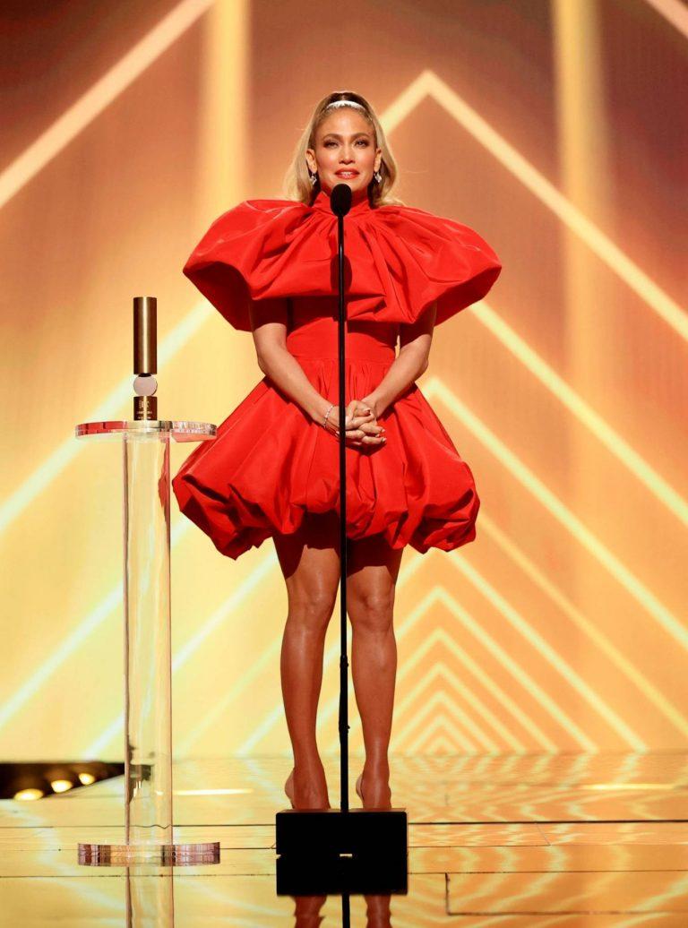 Jennifer Lopez 2020 E Peoples Choice Awards in Santa Monica 09