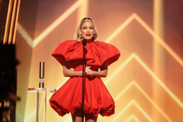 Jennifer Lopez 2020 E Peoples Choice Awards in Santa Monica 11
