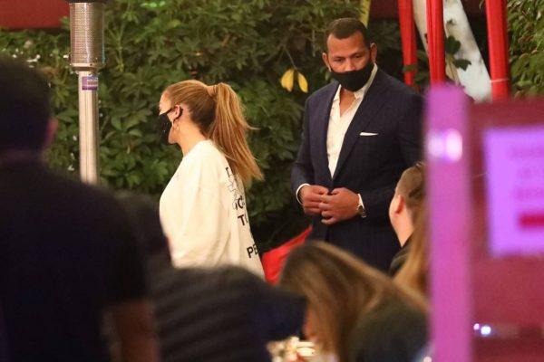 Jennifer Lopez Exit after dinner at Matsuhisa in Beverly Hills 04