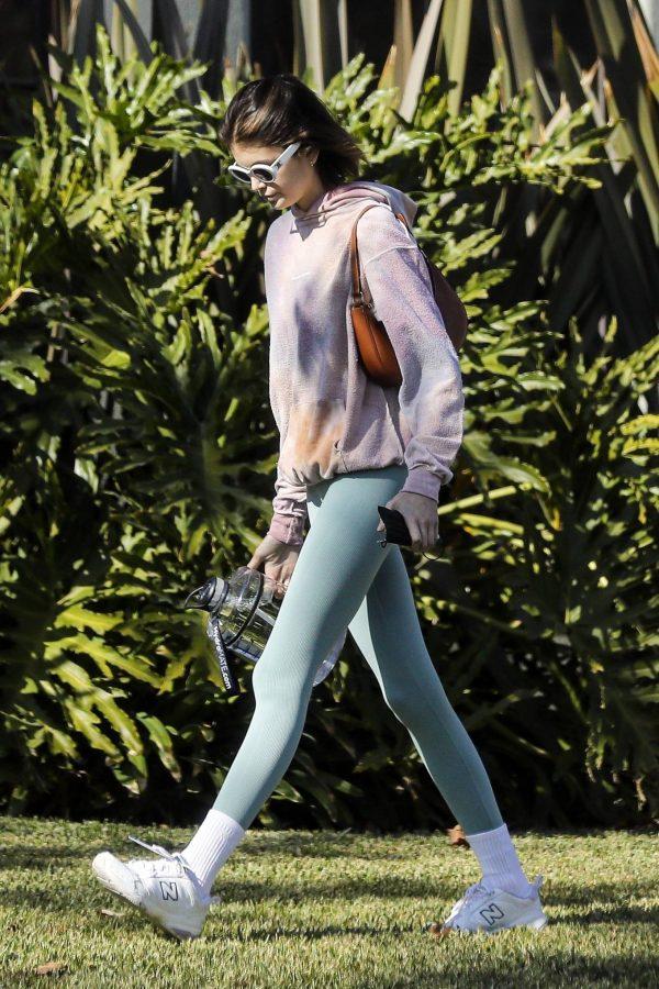 Kaia Gerber Seen walking her dog in Santa Monica 03