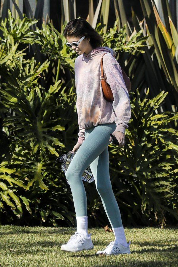 Kaia Gerber Seen walking her dog in Santa Monica 11
