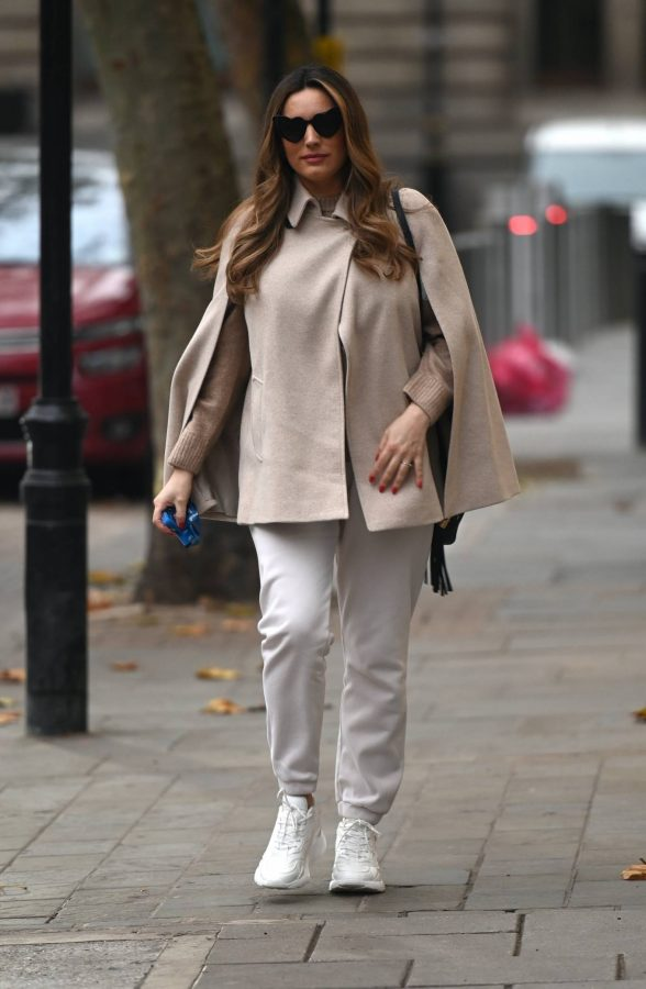 Kelly Brook Heart Radio in London 03