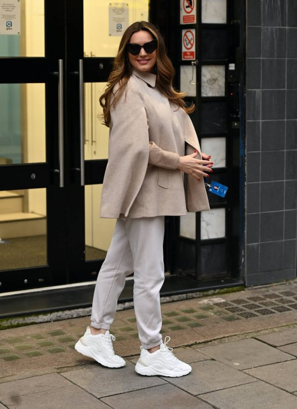Kelly Brook Heart Radio in London 06