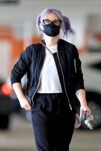 Kelly Osbourne Xmas shopping at the Beverly Connection in Beverly Hills 03