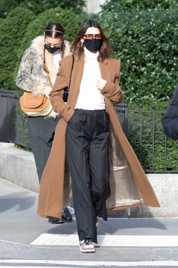 Kendall Jenner and Bella Hadid Out for lunch in New York 09