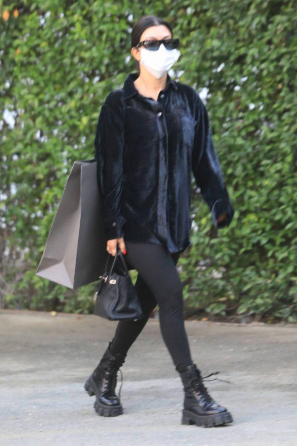 Kourtney Kardashian running errands in Los Angeles 15