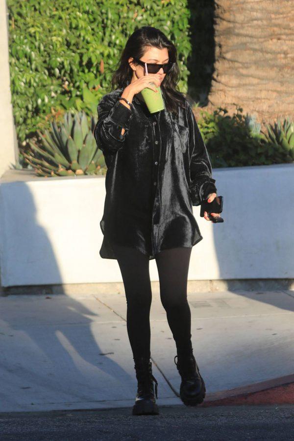 Kourtney Kardashian running errands in Los Angeles 20