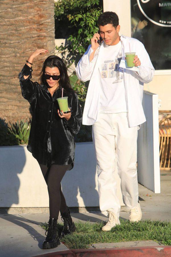 Kourtney Kardashian running errands in Los Angeles 23