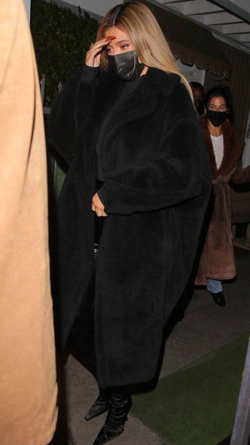 Kylie Jenner Leaving Giorgio Baldi with friends in Santa Monica 07