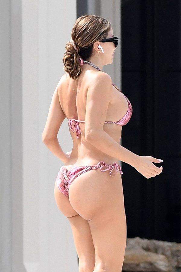 Larsa Pippen In a pink snakeskin bikini in Ft. Lauderdale 09