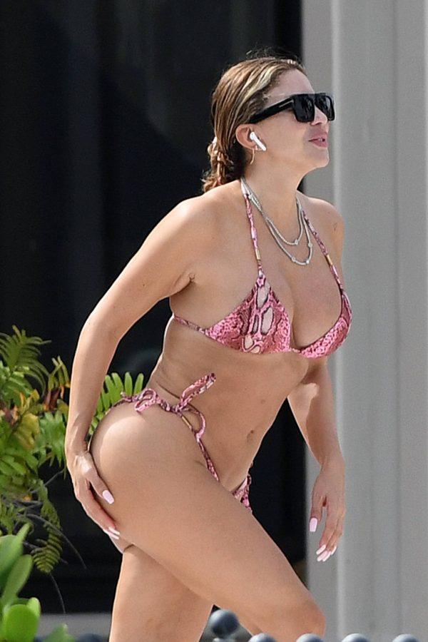 Larsa Pippen In a pink snakeskin bikini in Ft. Lauderdale 18