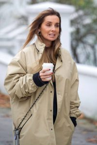 Louise Redknapp Out for Coffee fix in Primrose Hill 02