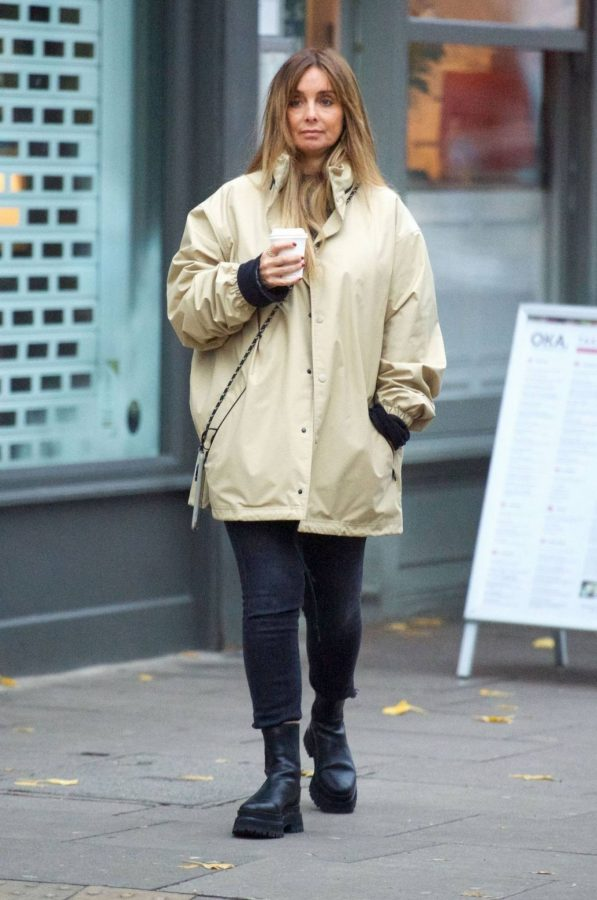 Louise Redknapp Out for Coffee fix in Primrose Hill 06