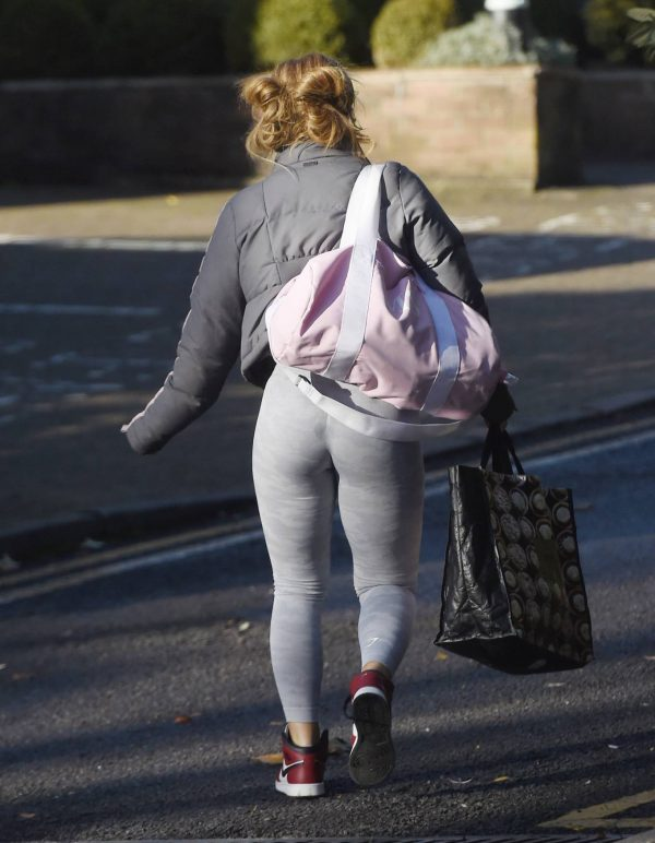 Maisie Smith Seen outside Strictly Come Dancing Rehearsals in London 03