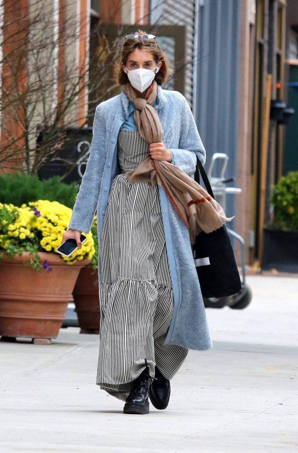 Maya Hawke seen out on a stroll in downtown Manhattan 10