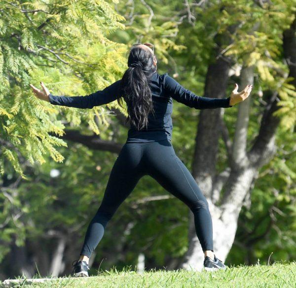 Nicole Scherzinger and Thom Evans Workout candids in an LA park 01