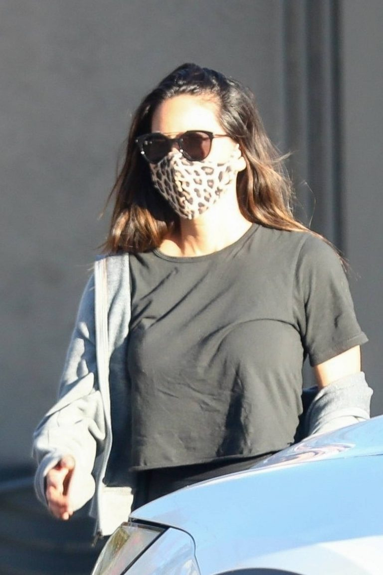 Olivia Munn seen after her daily workout in Los Angeles 04