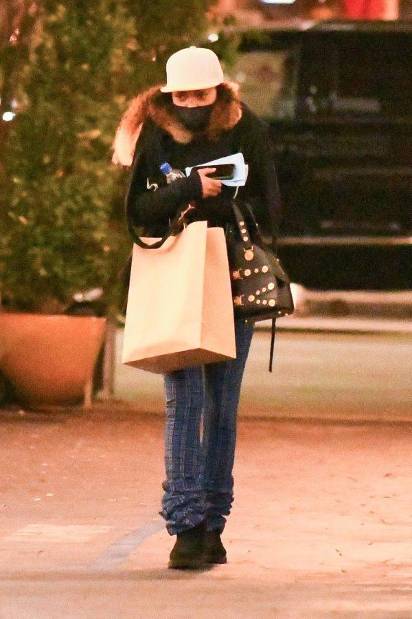 Taraji P. Henson Seen leaving a dermatologist in Los Angeles 06