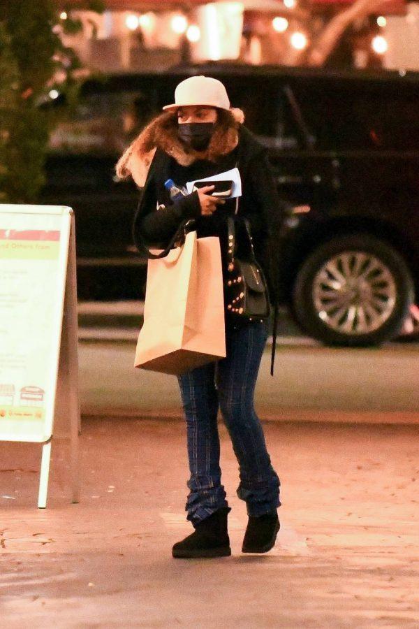 Taraji P. Henson Seen leaving a dermatologist in Los Angeles 08