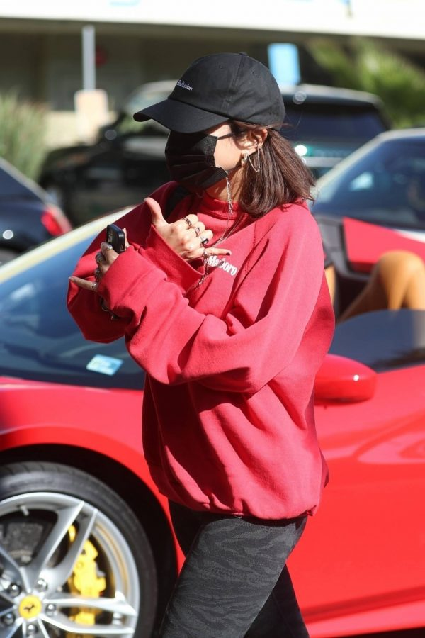 Vanessa Hudgens With GG Magree seen outside Earthbar in West Hollywood 25