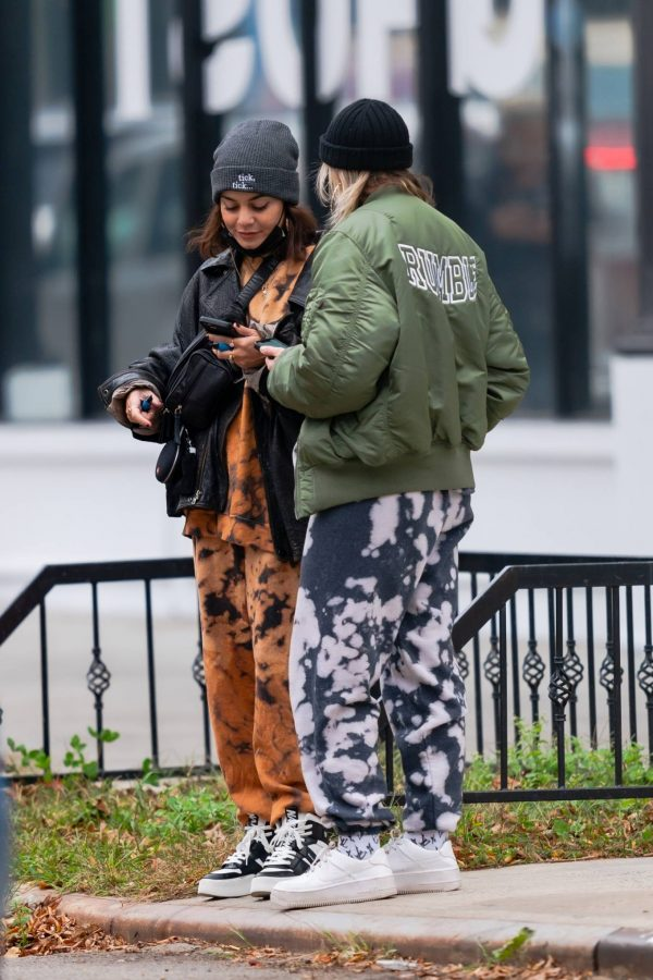 Vanessa Hudgens and GG Magree out in NYC 08