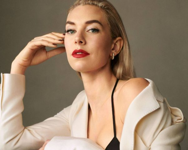 Vanessa Kirby Harpers Bazaar Magazine November 2020 04