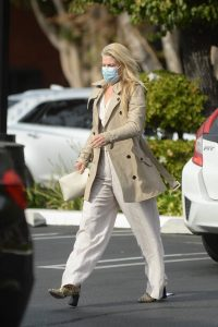 Ali Larter Dons bussines look while out in Los Angeles 03
