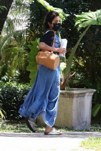 Camila Cabello Taking driving lessons in Miami 02