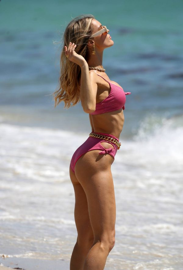 Joy Corrigan In bikini doing a photo shoot in Miami Beach 08