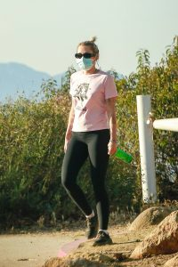 Miley Cyrus Out for a for a hike in Los Angeles 06