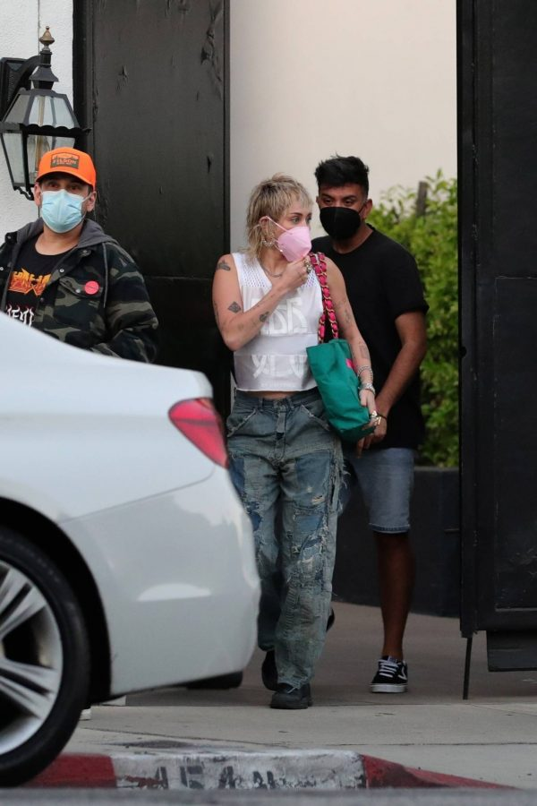 Miley Cyrus Seen leaving a hair salon in West Hollywood 07