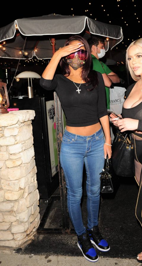 Sydney Chase In black top and denim leaves Saddle Ranch in Los Angeles 02