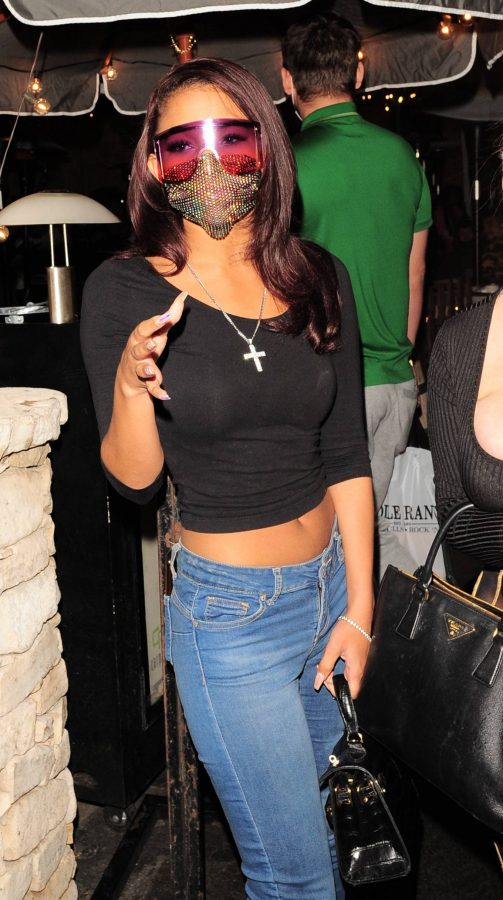 Sydney Chase In black top and denim leaves Saddle Ranch in Los Angeles 06
